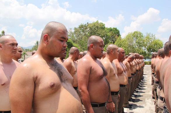 thai-lan-lap-trai-huy-diet-mo-bung-toan-bo-canh-sat-beo-phi-02